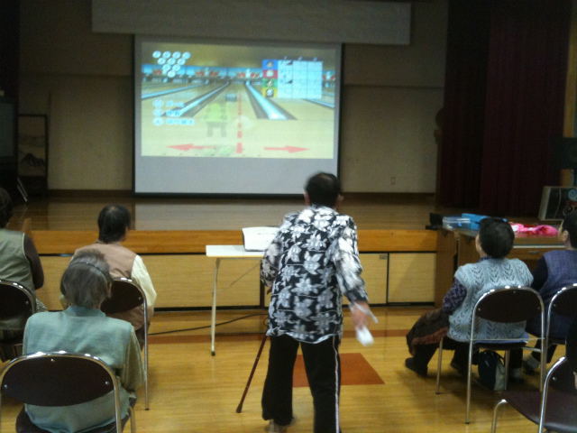 Wiiクラブ ボウリング 壁よけ 写真